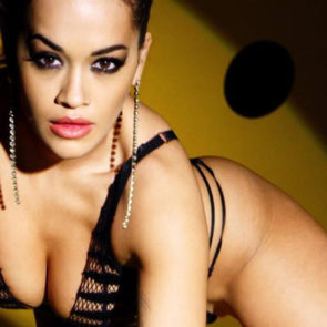 02-Rita-Ora-Sexy-Love-Advent-2017