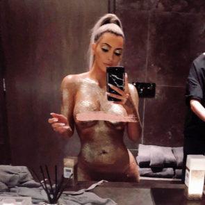 03-Kim-Kardashian-Nude