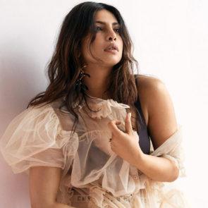 03-Priyanka-Chopra-Sexy