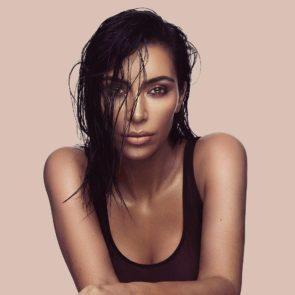 06-Kim-Kardashian-Nude