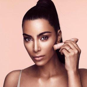 07-Kim-Kardashian-Nude
