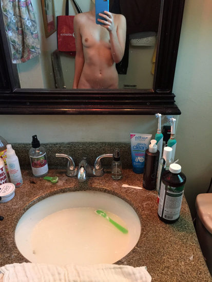 Alexa Nikolas Nude LEAKED Pics & Porn iCloud Video 25