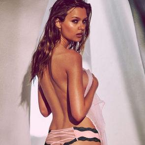 13-Josephine-Skriver-Nude