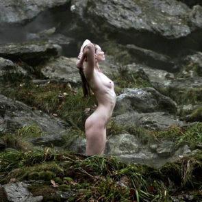 14-Alyssa-Sutherland-Nude-Vikings