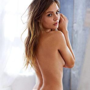15-Josephine-Skriver-Nude