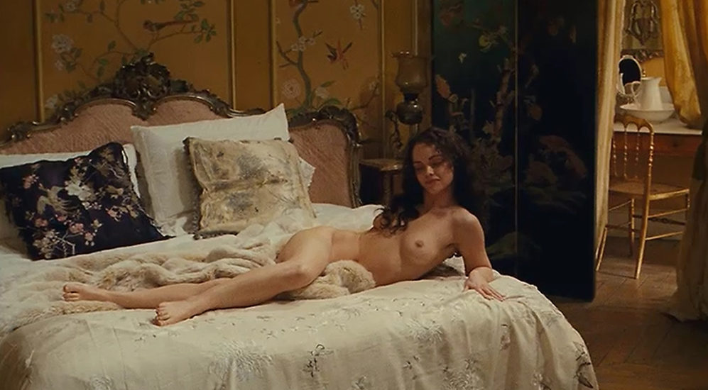 Christina Ricci Nude Boobs And Sex In Bel Ami Movie