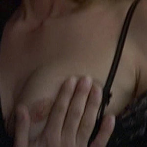 Diane Lane Nude Boobs And Nipples In Unfaithful Movie