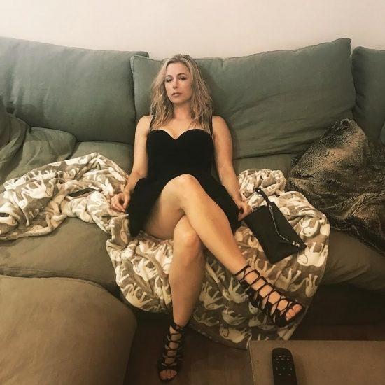 Iliza Shlesinger Nude LEAKED Photos & Private Porn Video 72