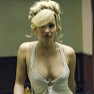 Jennifer Lawrence And Amy Adams Erect Nipples In American Hustle Movie