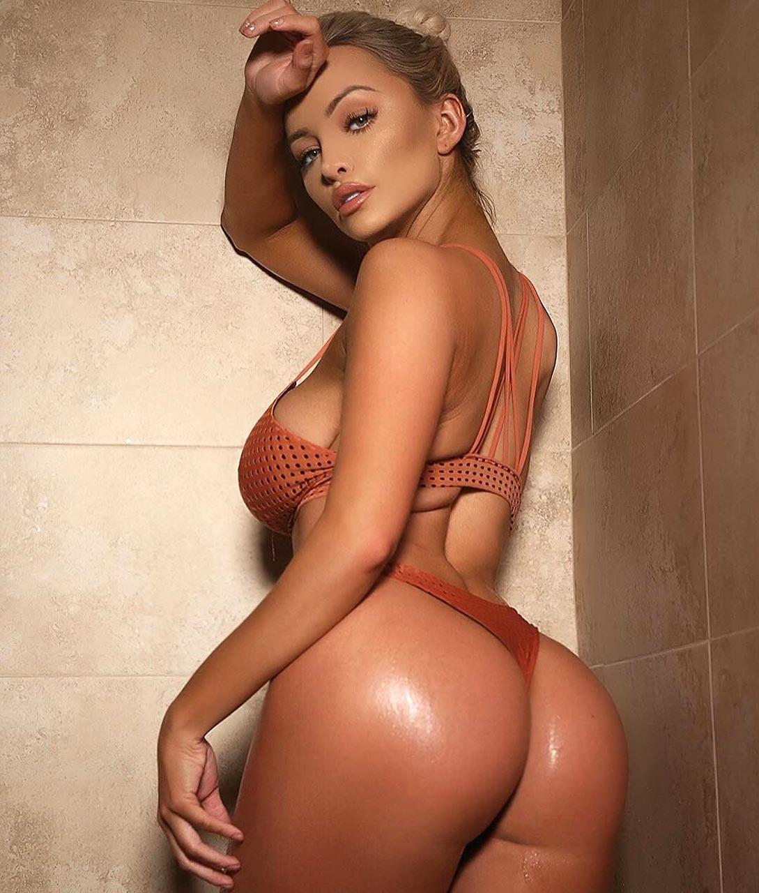 Lindsey pelas nudes
