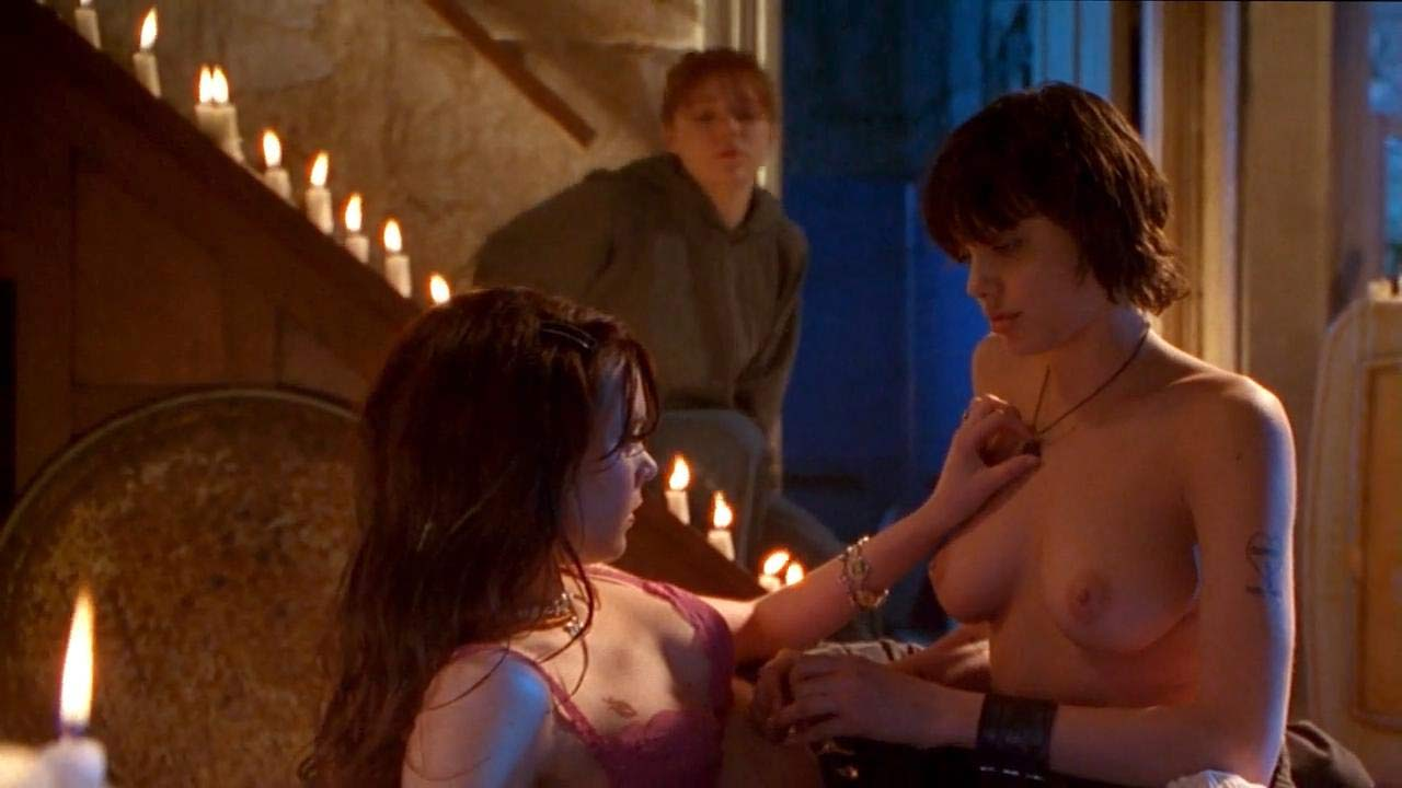 Angelina Jolie All Sex Videos angelina jolie & jenny shimizu topless scene in 'foxfire