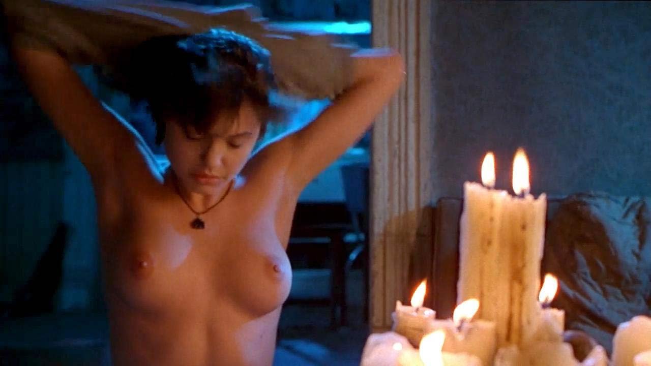Angelina Jolie Nue Sex angelina jolie nude tits hot scene in 'foxfire' movie