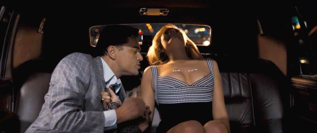 Margot robbie boobs sexy
