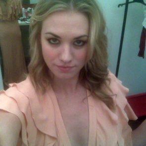 Yvonne Strahovski Nude Leaked Pics, Porn and Scenes 4