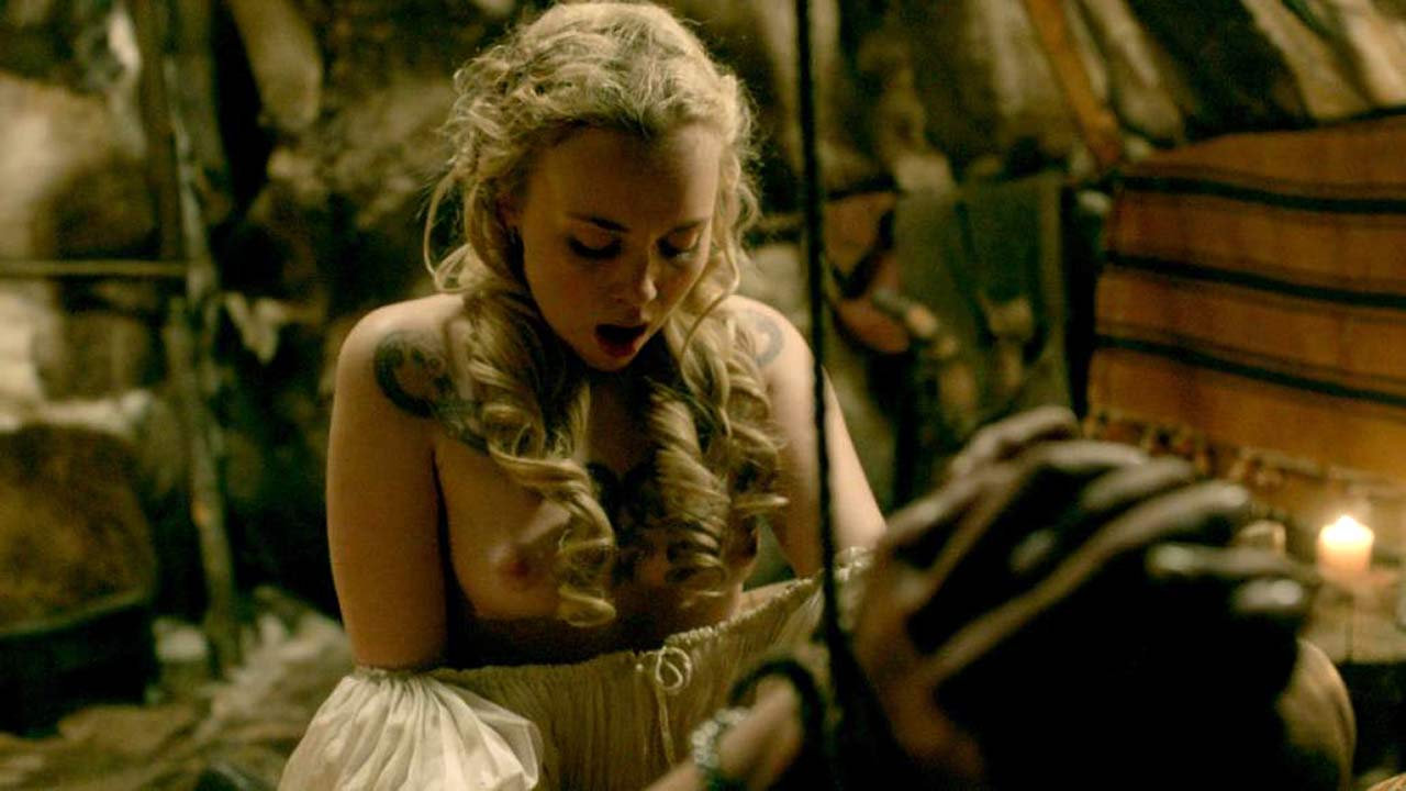 Dagny Backer Johnsen Nude Sex Scene From The Vikings -7454