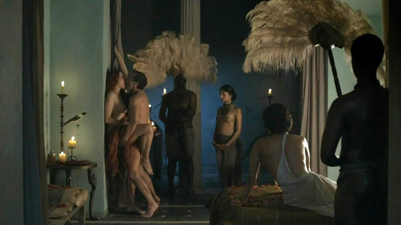 Lucy Lawless Nude Sex in Bath from spartacus on
