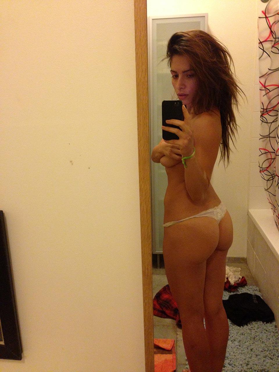 Erotic Photos Australian party girls naked