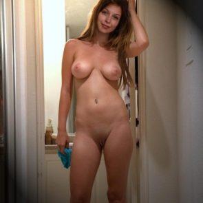 Melissa Benoistnude boobs and pussy