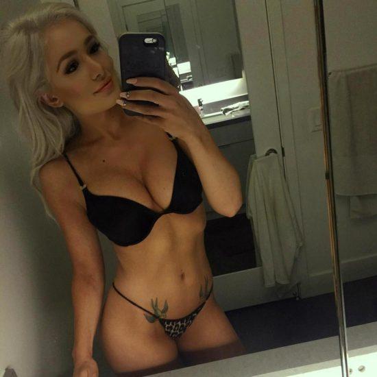 Scarlett Bordeaux nude new selfie