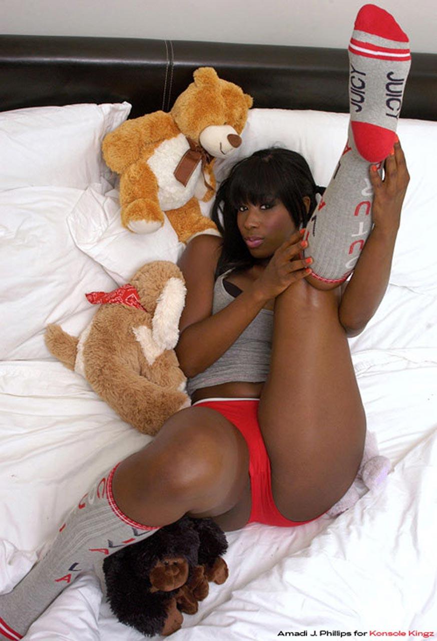 Bria Myles  Drakes Ex  Leaked  Almost Nude Sexy Pics -9080