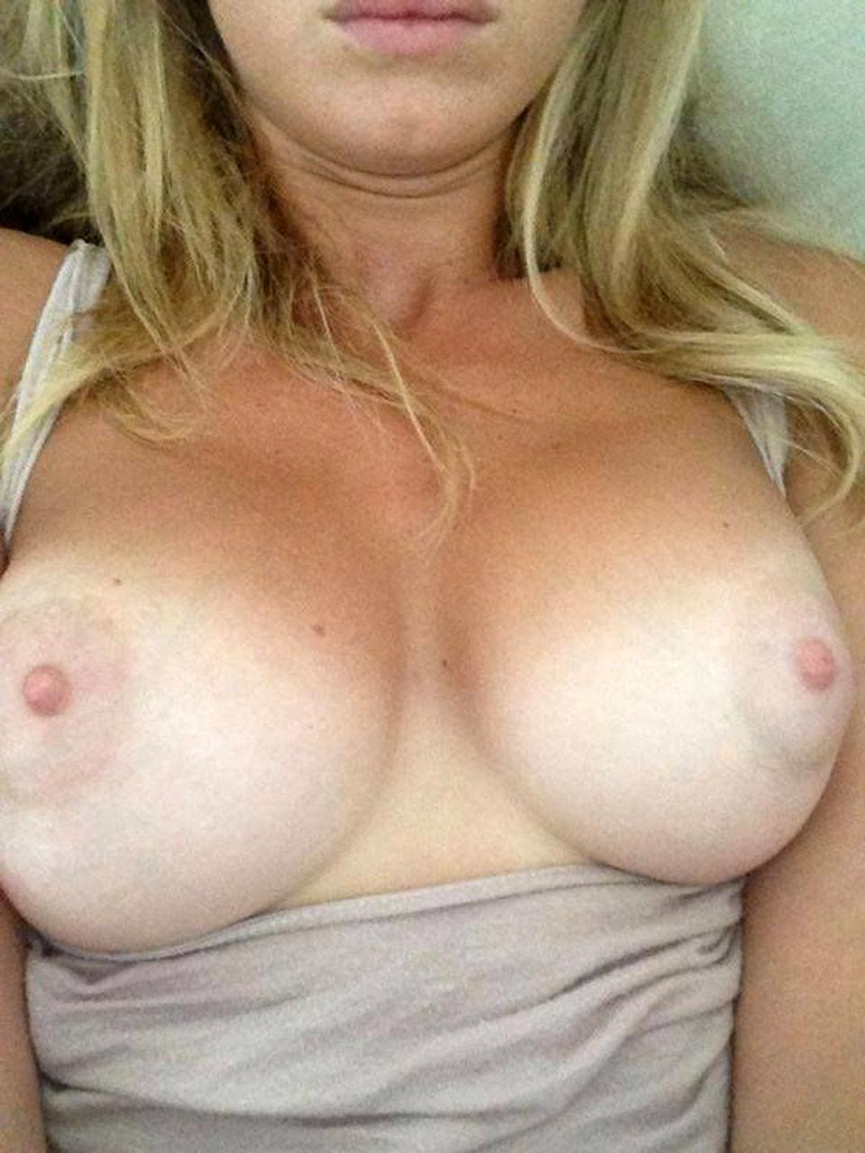 Hayley McQueen Nude Photos and Videos