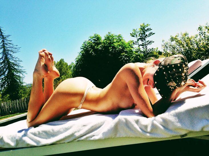 Allegra Carpenter Nude LEAKED Pics & Porn Video 2021 51