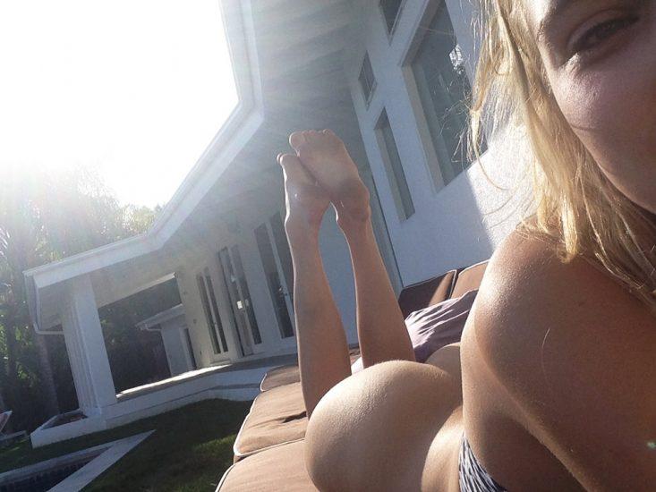 Allegra Carpenter Nude LEAKED Pics & Porn Video 2021 50