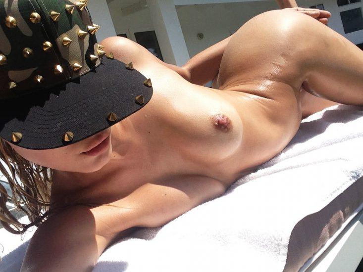 Allegra Carpenter Nude LEAKED Pics & Porn Video 2021 49