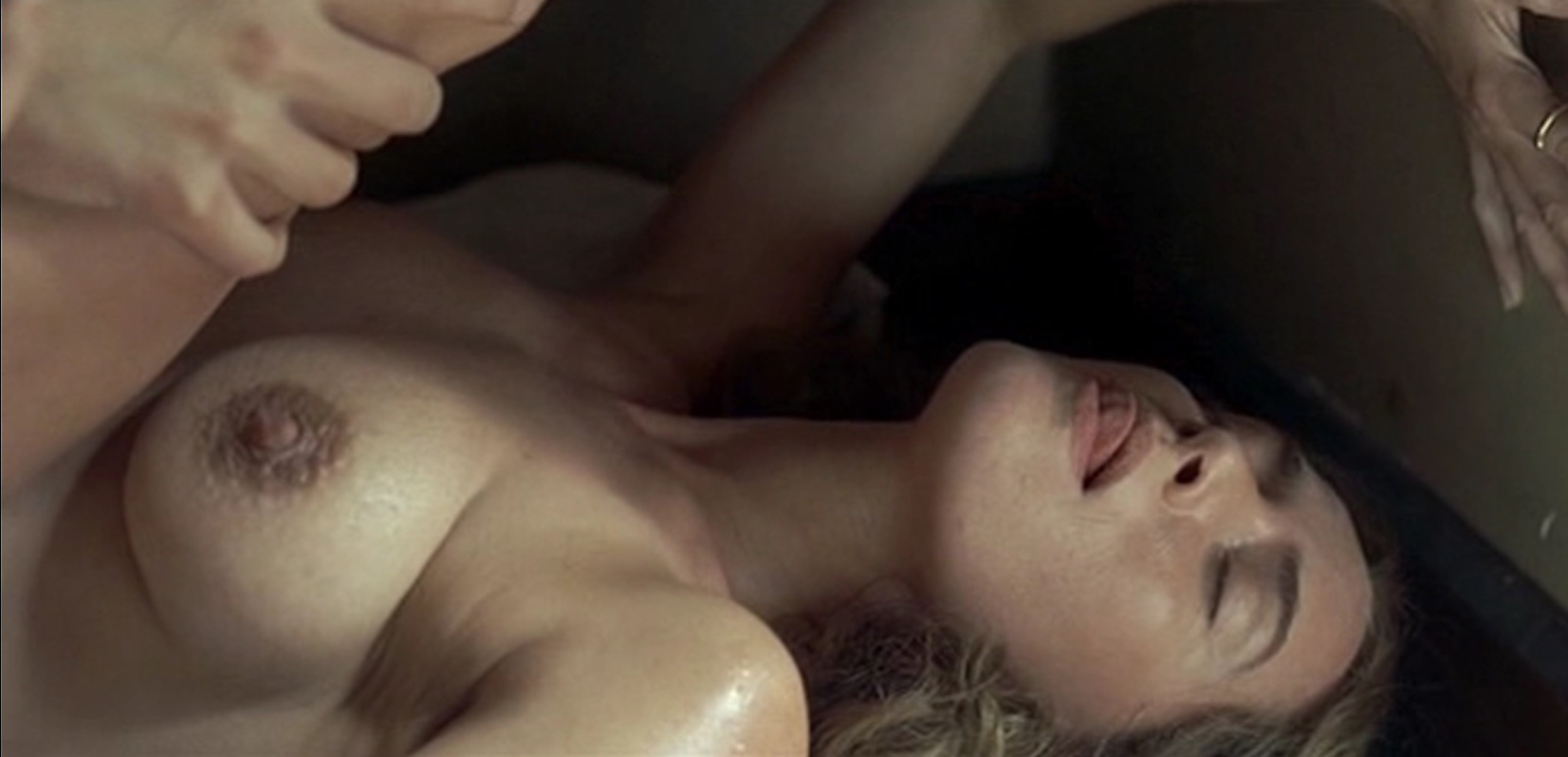 winslet Nude nipples kate