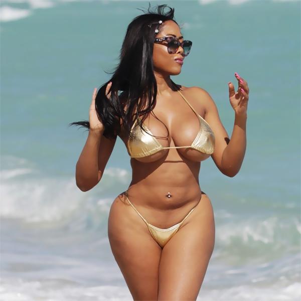 Nicki minaj huge ass sexy - 1 part 6