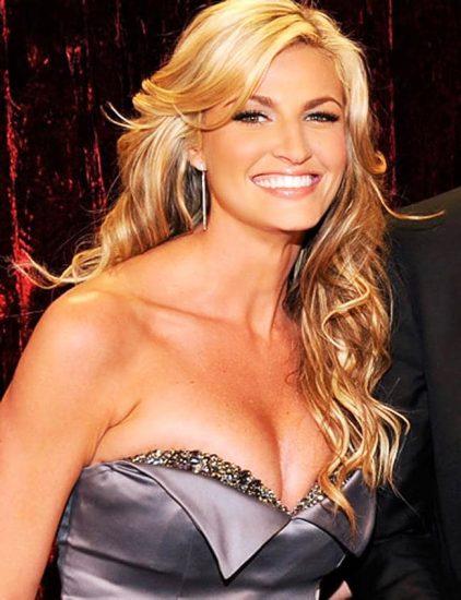 Erin Andrews deep cleavage