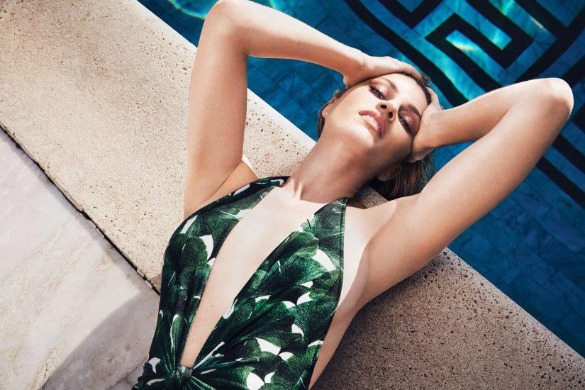 Erin Andrews cleavage