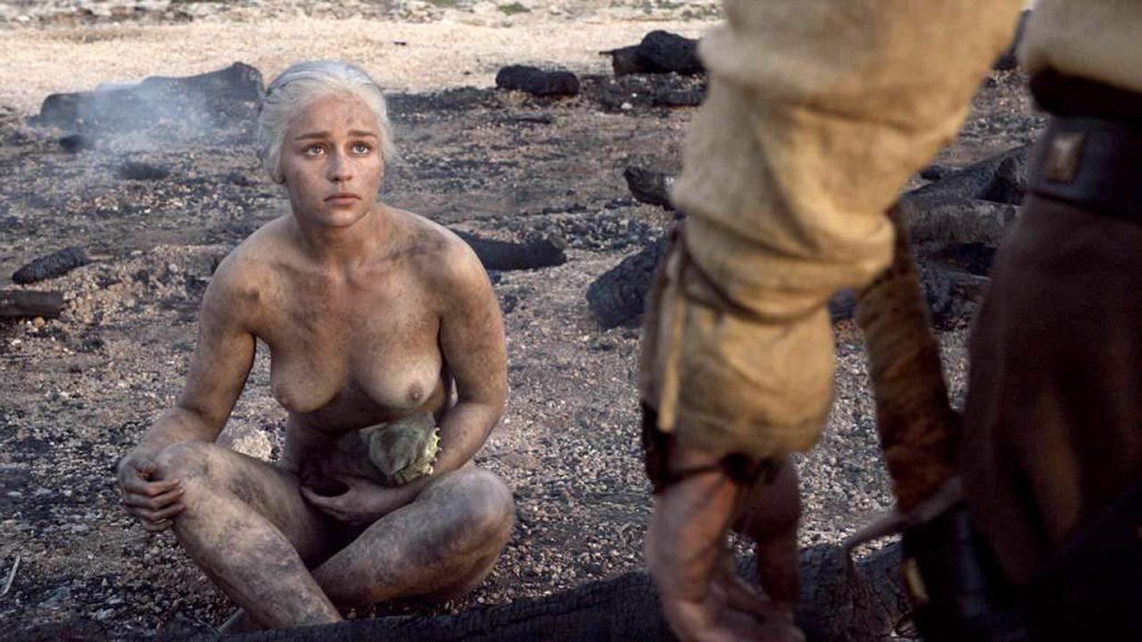Emilia clarke nude tits scene game thrones series nudes (68 photo), Twitter Celebrity images