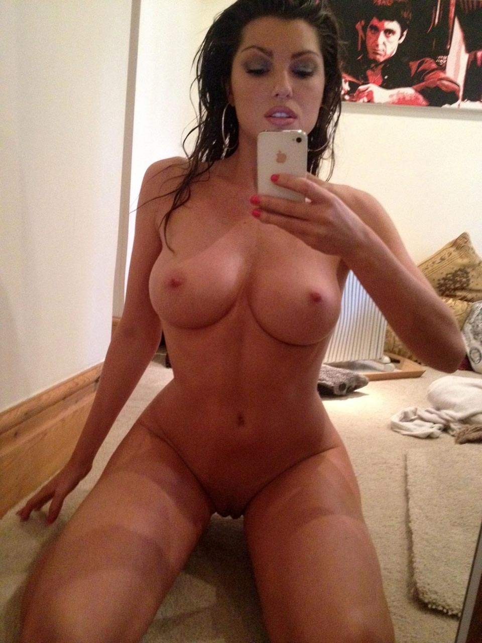 British Actress Louise Cliffe Private Nudes Online Again