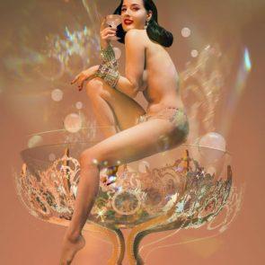 03-Dita-Von-Teese-Sexy-Nude
