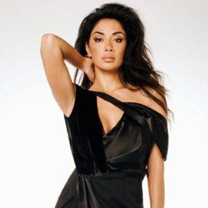 03-Nicole-Scherzinger-Sexy-Cleavage