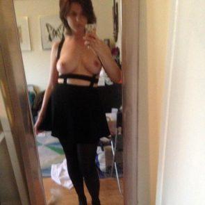 07-Allie-Goertz-Nude-Leaked