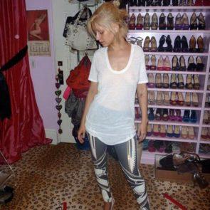 11-Christina-Aguilera-Nude