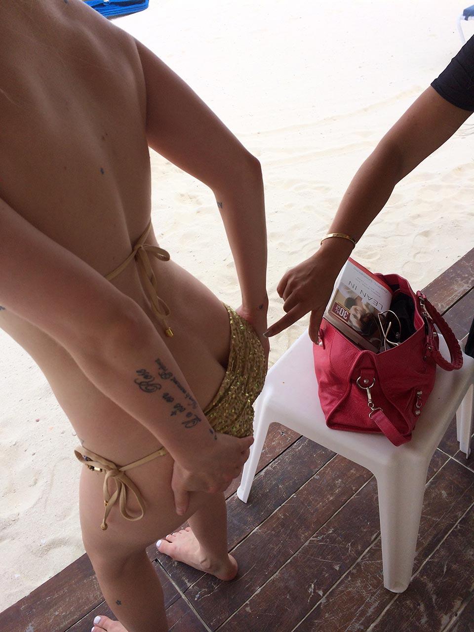 Avril lavigne nudes leaked Icloud