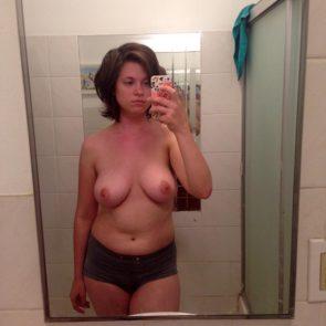 13-Allie-Goertz-Nude-Leaked