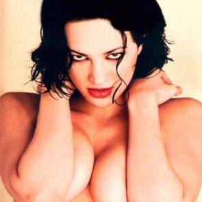 13-Asia-Argento-Nude