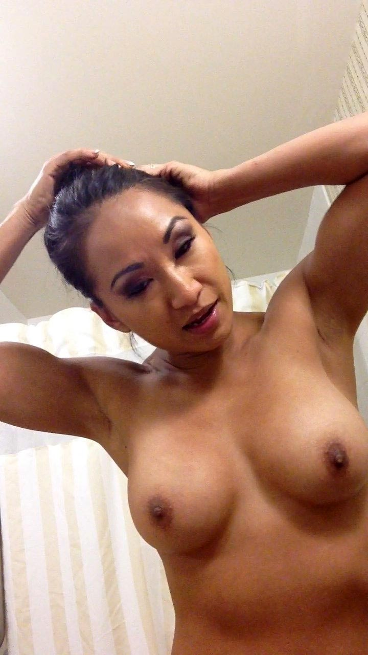 hot nude latino gf