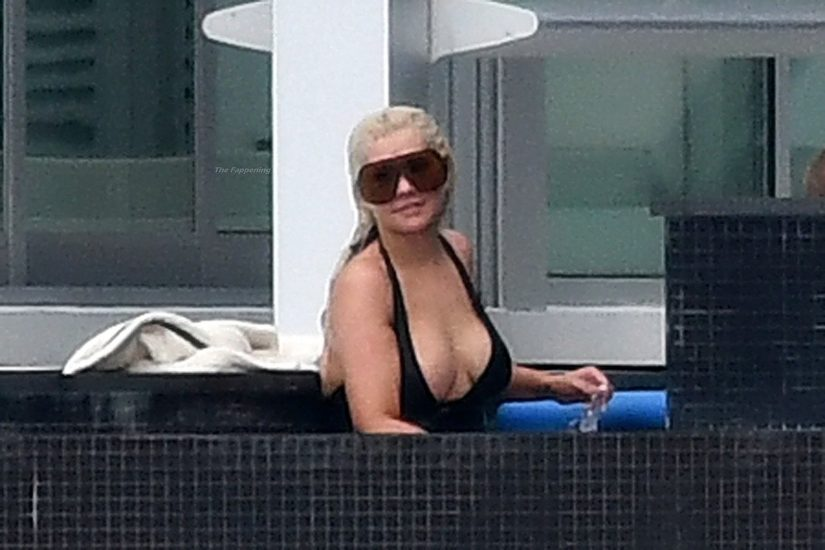 Christina Aguilera Nude LEAKED Pics & Topless Videos 87