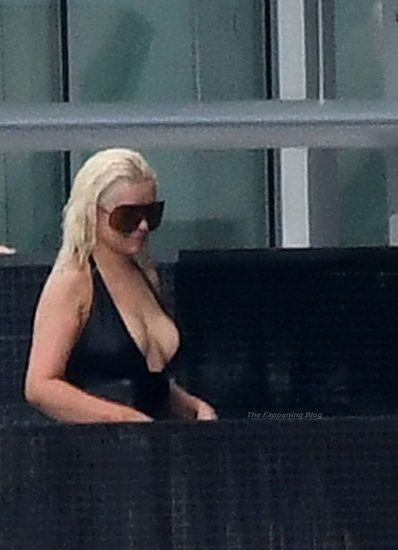 Christina Aguilera Nude LEAKED Pics & Topless Videos 93