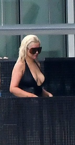 Christina Aguilera Nude LEAKED Pics & Topless Videos 92
