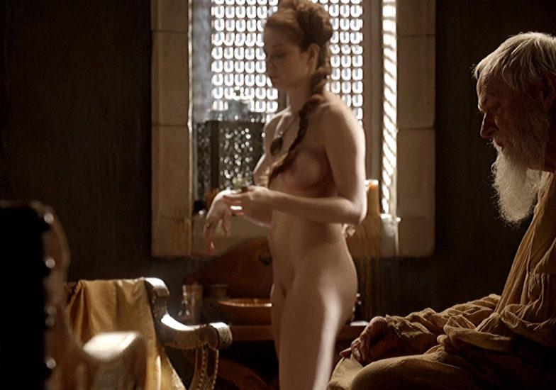 Esme Bianco Nude Scene In Game of Thrones Series