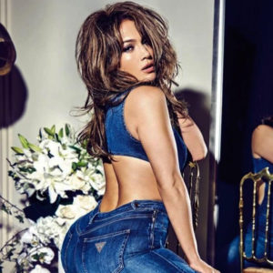 Latina Jennifer Lopez Showed Sexy Big Butt For Guess Photo Shoot