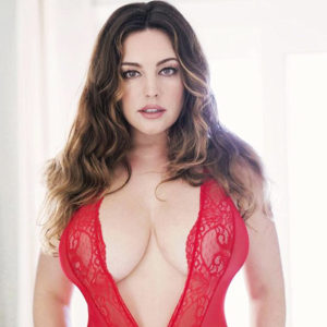 Kelly Brook Showed Big Tits & Great Measurements For Valentine's