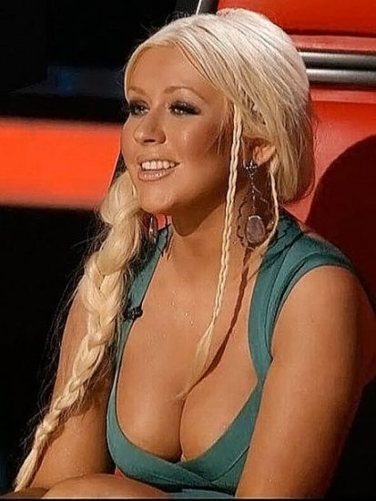 Christina Aguilera Nude LEAKED Pics & Topless Videos 29