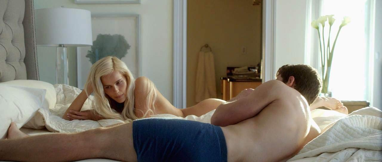Isabel lucas watched by a gyu while nude on scandalplanetcom - 1 part 6